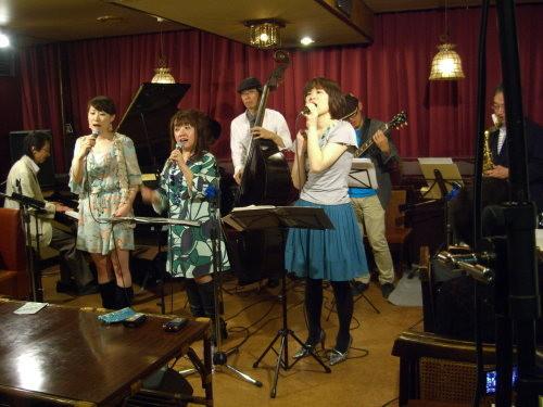 東日本大震災復興支援チャリティ・ブルカナリー・ライブ02