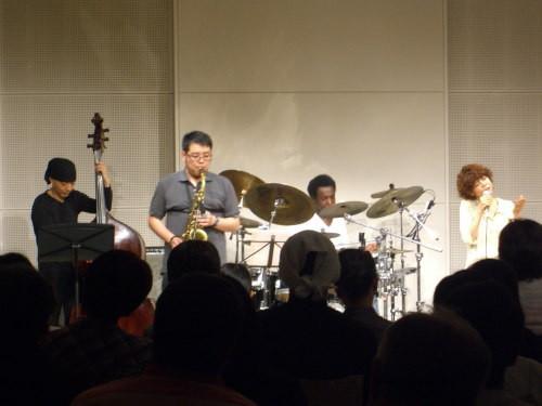 ゲストセッション@北区ジャズ祭り2011(8/26)01