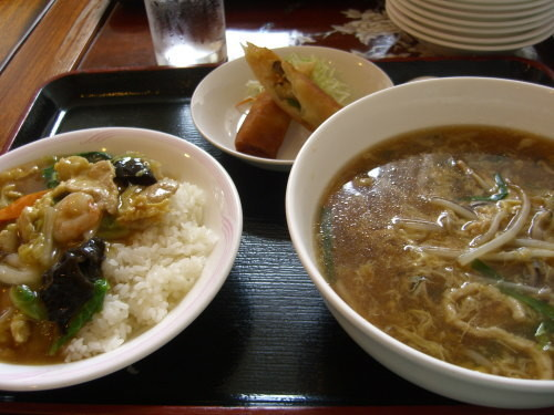 四川料理・長江(新発田市)の満腹セット