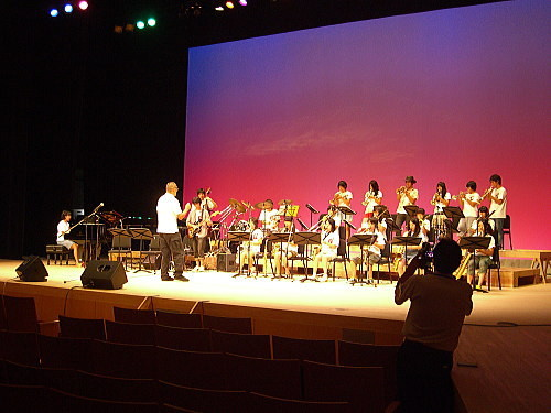 敬和学園高等学校 Jazz Hornets@北区ジャズ祭り2011(8/28)02
