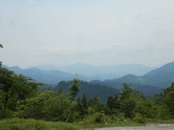 阿賀町綱木地区を遠くから望む