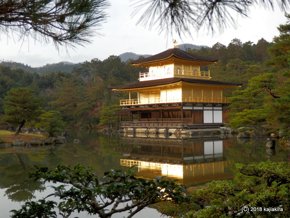 京都の「金閣寺(鹿苑寺)」と「伏見稲荷大社」2018.12