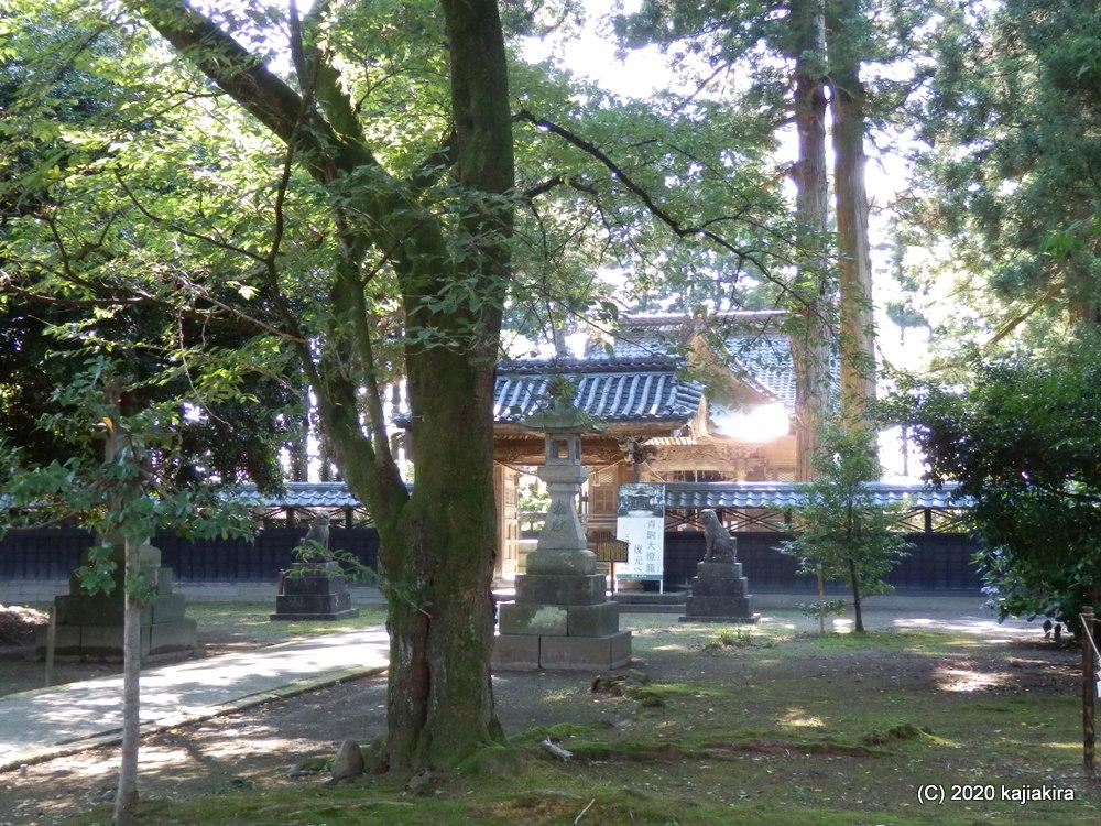村上市内・神社仏閣探訪(3)村上藩主ゆかりの藤基神社