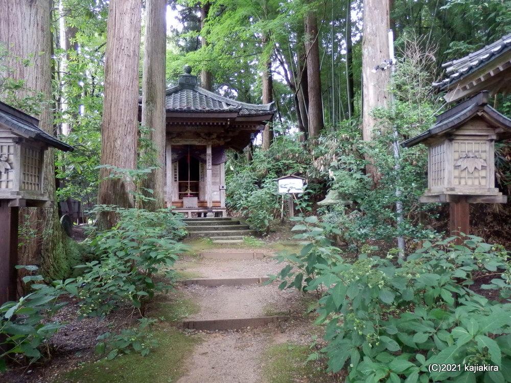 久々の新発田市内神社仏閣巡り「菅谷不動尊」~「大友稲荷 奥の院」