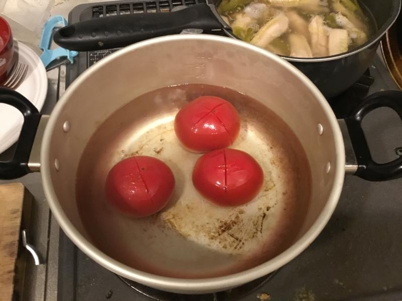 茹でトマト
