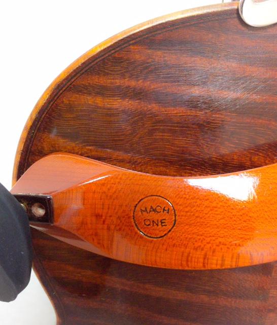 肩当てのつけ方5 東京・中野・練馬・江古田・ヴァイオリン・ヴィオラ・音楽教室