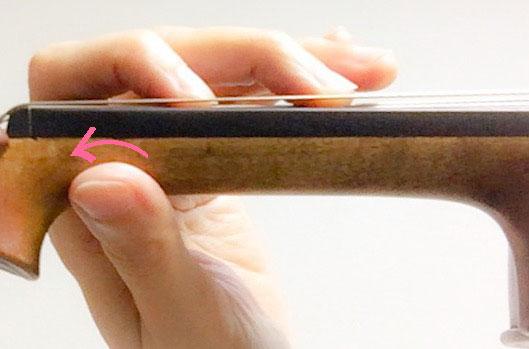 左手の親指の動き2 東京・中野・練馬・江古田・ヴァイオリン・ヴィオラ・音楽教室
