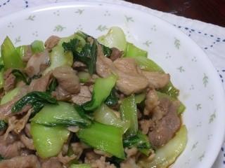豚肉とチンゲンサイの炒め物