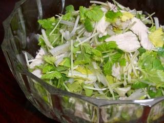 ホワイトセロリと茹で鶏のサラダ