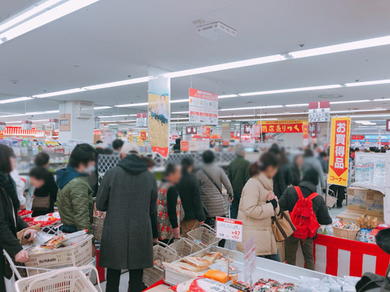 1階食品売り場の店内状況-5