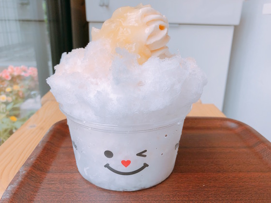 かき氷 もも(580円)