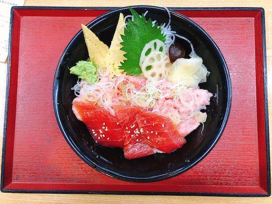 漬けまぐろネギトロ丼(税別540円)