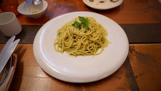 """本日のパスタ""""ジェノベーゼ"""" ¥850"""