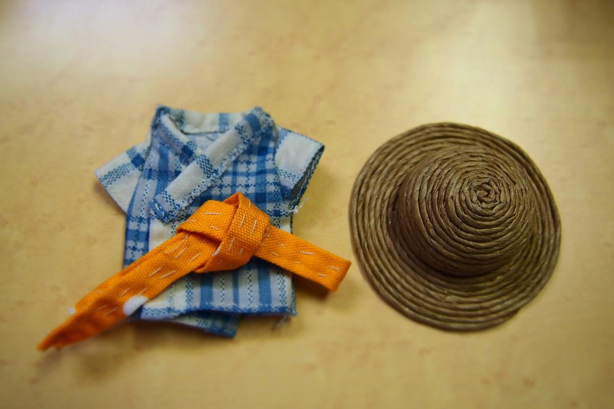かみ吉くんの浴衣と麦わら帽子