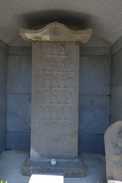 川合・古場の三十三観音塔