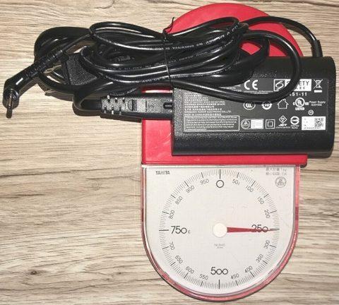 充電器・ACアダプターの重さ