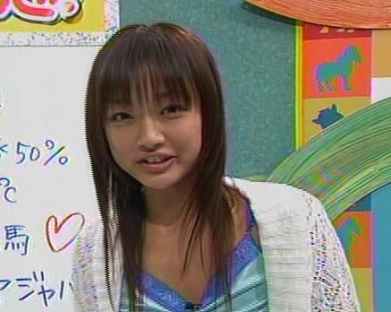 洋服が素敵な工藤里紗さん