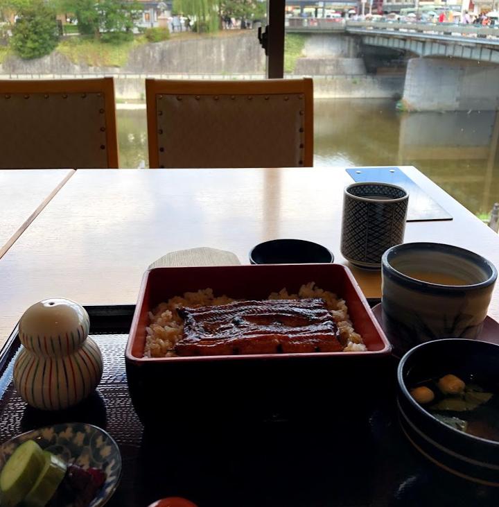 京都 先斗町 いづもや