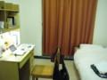 国際学舎の部屋。6年ぶり。懐かしい匂いがする