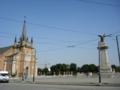 教会と塔、実際はこんなに近い