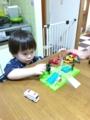 160806甚平さん着て踏切おもちゃで遊ぶ