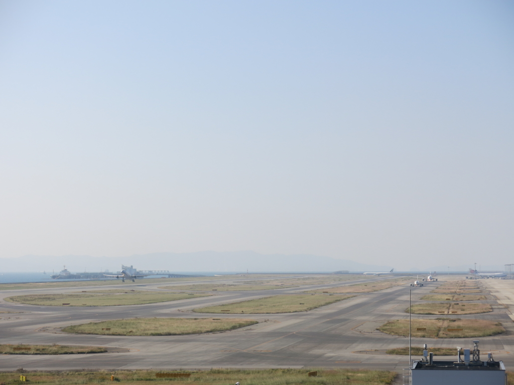 巨大海上空港 関西空港 the huge maritime airport Kansai airport japan