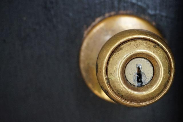 鍵穴 錠 ドアノブ