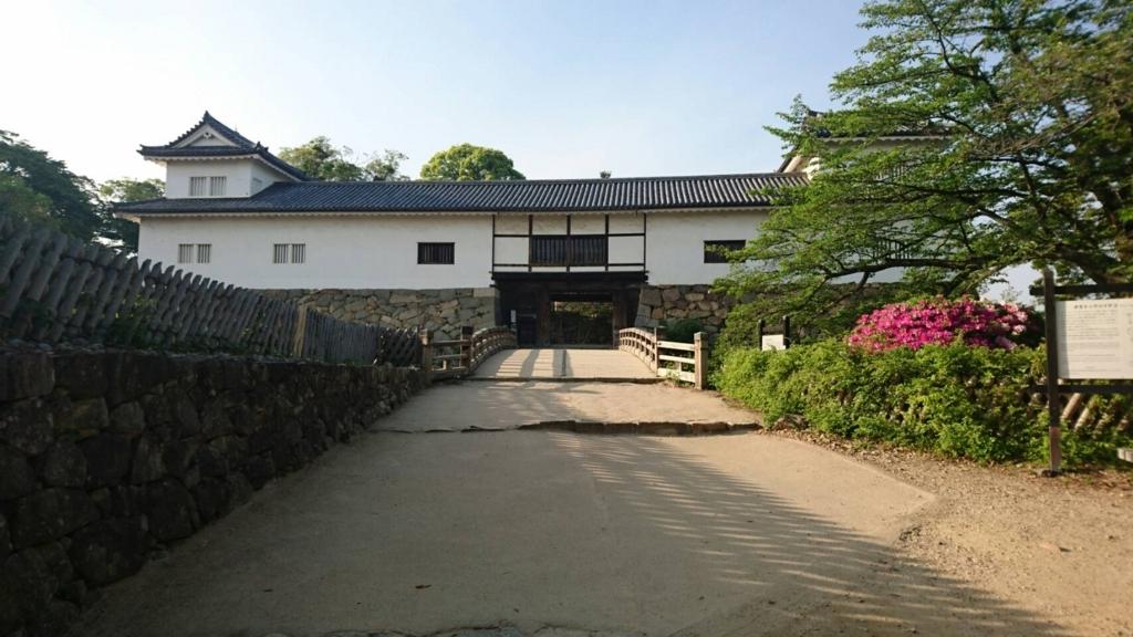 f:id:kanatomo-camp:20180507121536j:plain