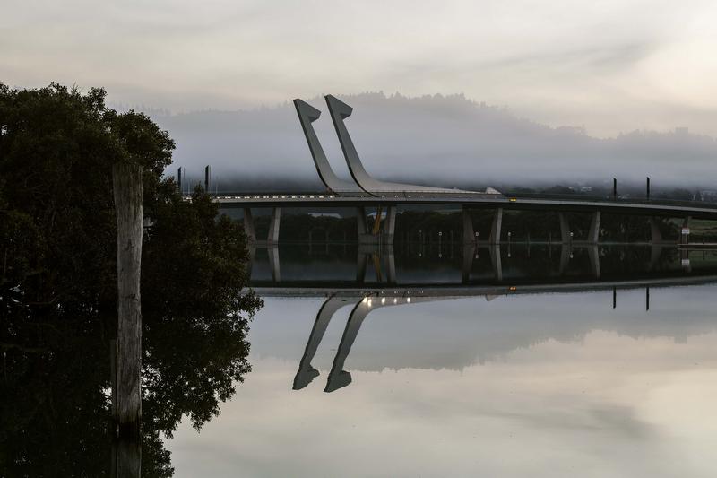 ニュージーランドのテ・マタウ・ア・ポヘ橋