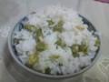 エンドウ豆ご飯。味付けは塩だけ