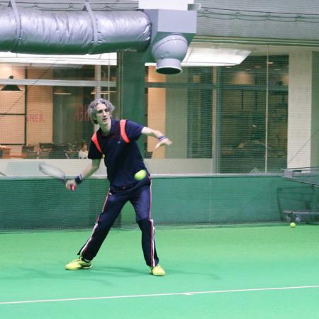 テニスを上達するために重要なポイントは「感覚」と「理論」とおっしゃるダバディ氏