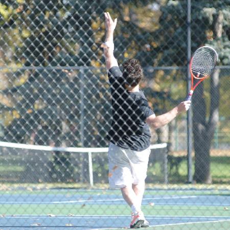 スマートテニスセンサーを使ったサーブ上達方法