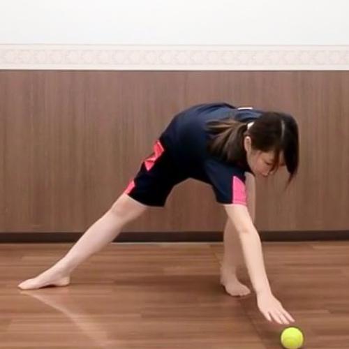【おうちで簡単トレーニング08】正しいひねりを作るために「股関節」をひねる!