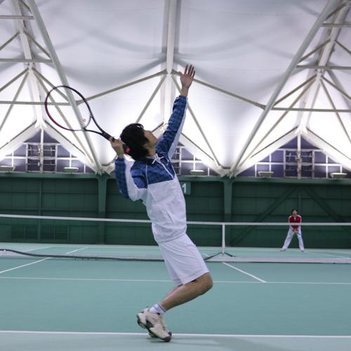 データ分析のおもしろさを知る高木さんのスマートテニスセンサーの活用ストーリー