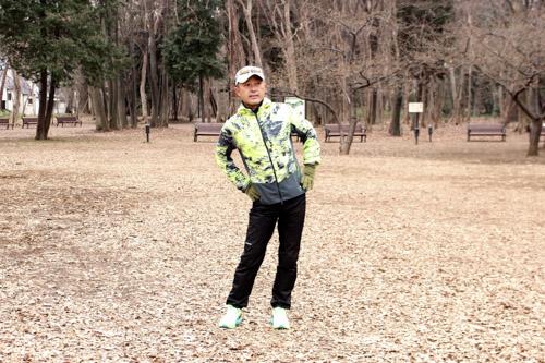 ランニングで生じる脚の不調は左右バランスの崩れが原因、骨盤回しでチェックしてみよう
