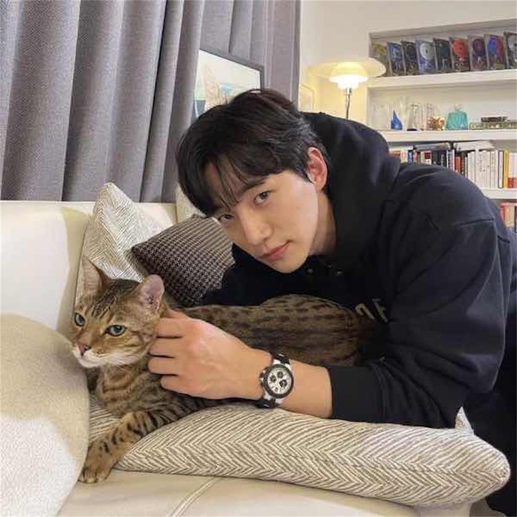 2PM ジュノと飼い猫