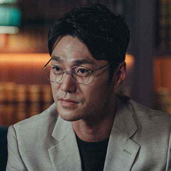 韓国ドラマ【ヴィンチェンツォ】キャスト チョ・ヨンウン(チェ・ヨンジュン)
