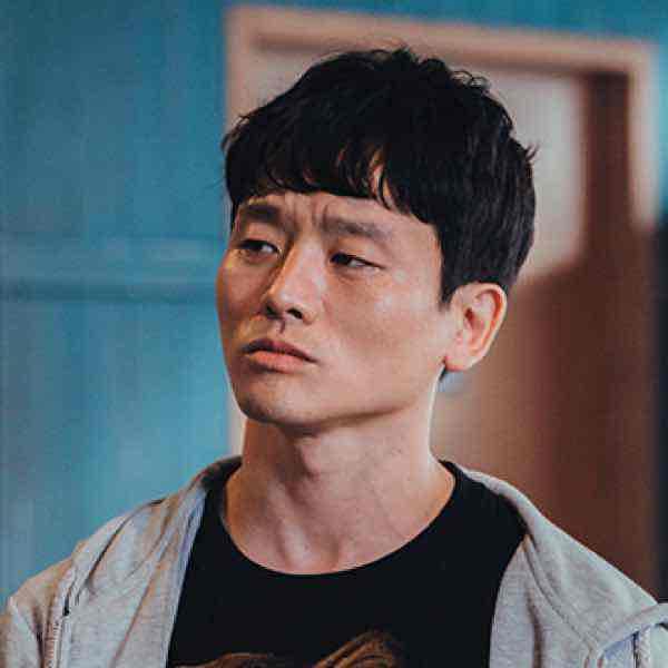 韓国ドラマ【ヴィンチェンツォ】キャスト ラリー・カン(キム・ソルジン)