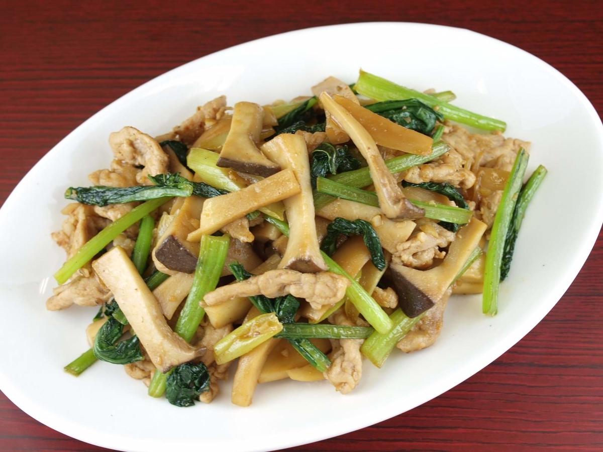 エリンギと豚肉の簡単ピリ辛炒め(3~4人分)