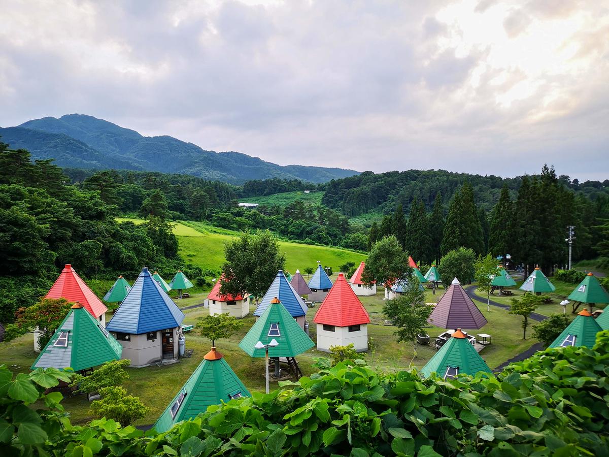 小人の村 青森県南部町名川チェリリン村オートキャンプ場
