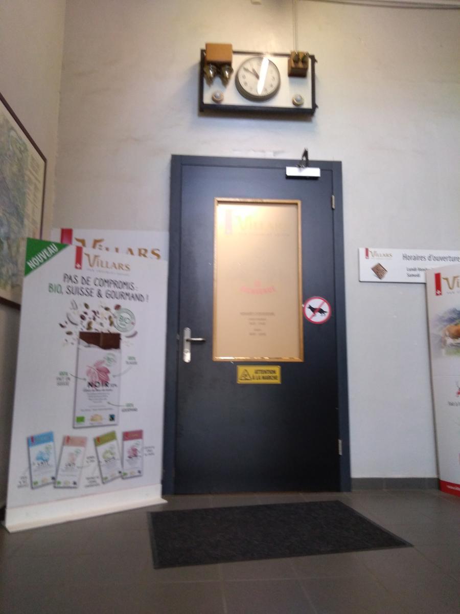Villars-entrance2