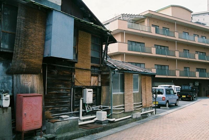 f:id:karasugawa:20180506015004j:plain