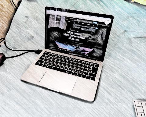 MacBook Pro 13B.jpg