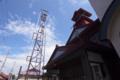 黒石市第3消防部屯所。でも主役はどっちかといえば梅雨晴れの空かも