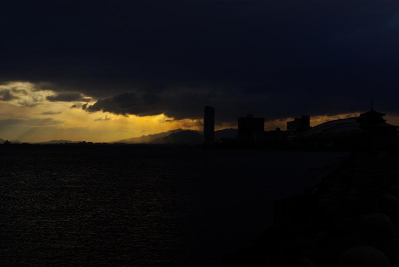 京都新聞写真コンテスト「春嵐の予感」
