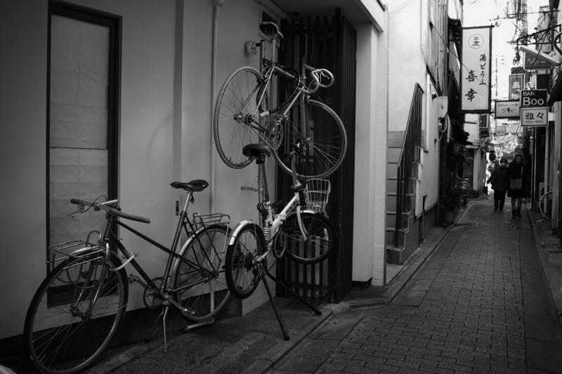京都新聞写真コンテスト「裏路地駐輪」