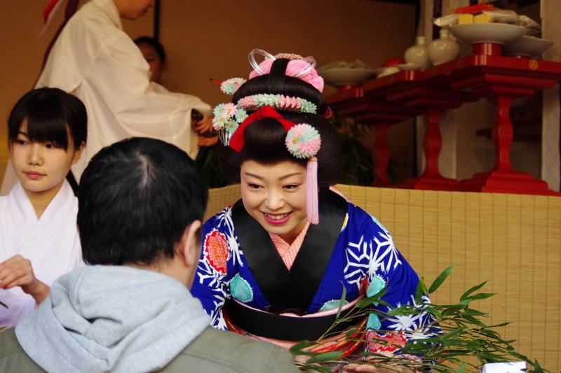 京都新聞写真コンテスト「福を呼ぶ笑み」