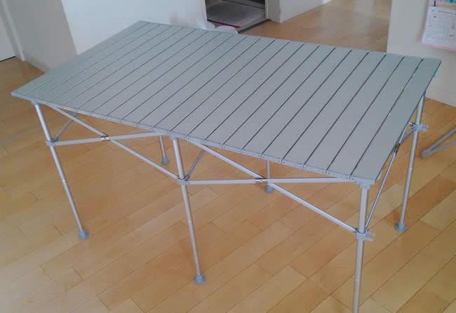 キャンプ用折りたたみテーブル