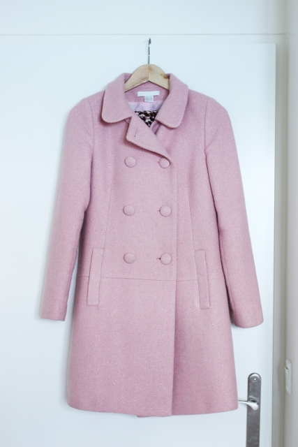 嫌いな色 ピンク 桃色 コート