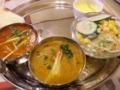 豆カレーとマトンカレー:ダールバール